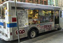 صورة جون توري يتمني لكم صيف رائع و يدعو لعودة عربات الطعام و الأيس كريم للعمل في تورنتو