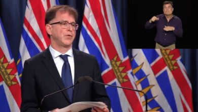 Photo of وزير الصحة في B.C قلق بشأن زيادة اعداد الاصابة في الولايات المتحدة و فتح الحدود