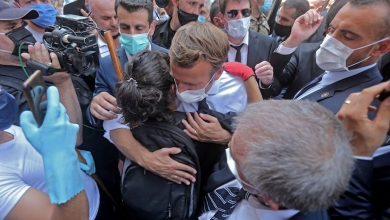 Photo of رئيس فرنسا يتعهد بتقديم المعونات بعد تفجير بيروت